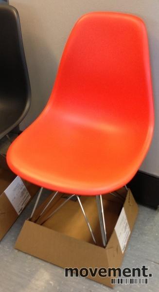 Pent brukte originale Vitra Eames DRS stoler, Poppy Red 2