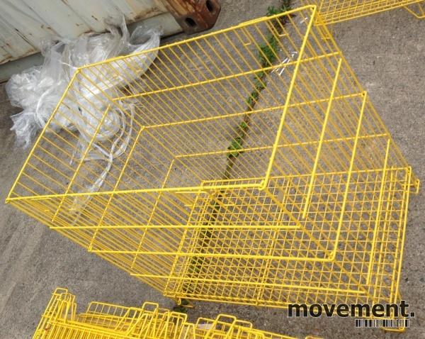Morsomt bord i rokokko stil, gullfarget,125x92cm, høyde 76cm
