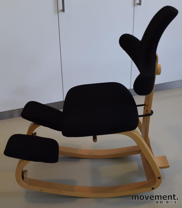Ergonomisk stol Thatsit back fra Stokkei sortbøk