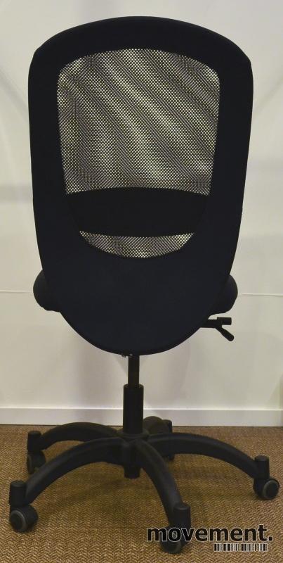 Kontorstol fra Ikea, modell Vilgot, sortfarge, pent brukt