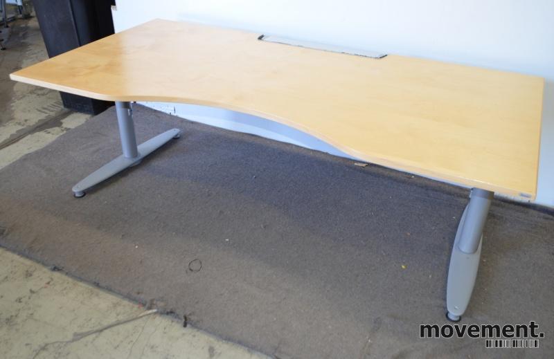 Kinnarps skrivebord Serie (T) |