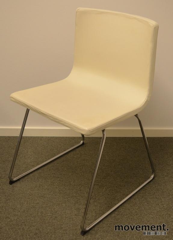 Bernhard konferansestol fra IKEA, sortskinn, krom ben, pent