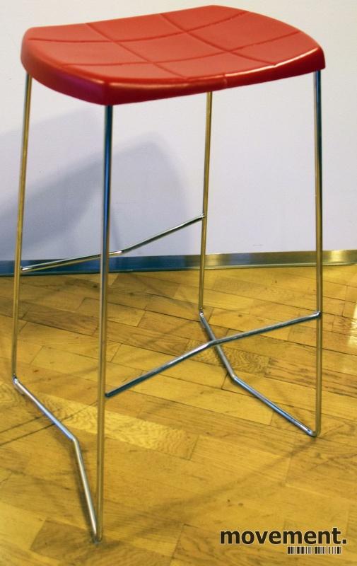 Barkrakk i sort krom fra Lammhults,modell Mini, sittehøyde