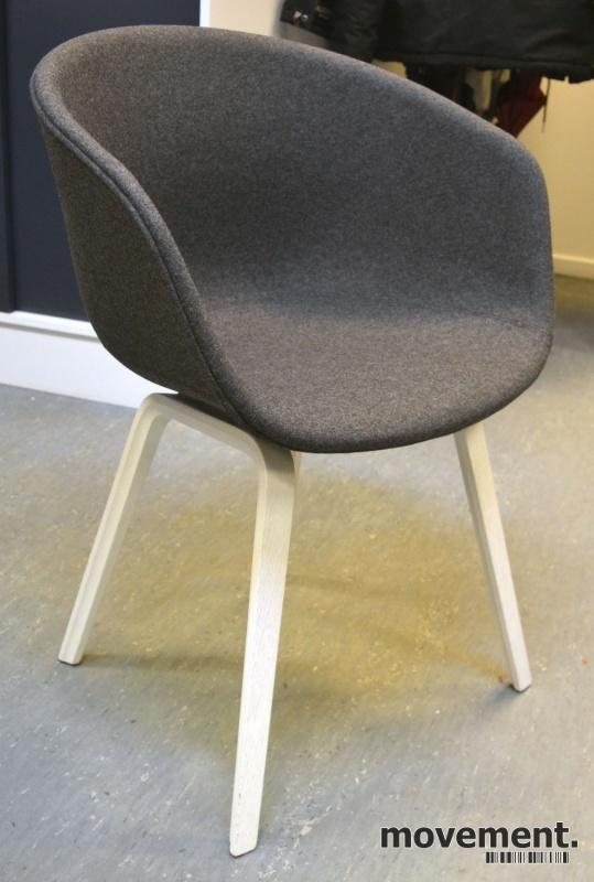 HAY About a chair AAC 23 i NYTRUKKET igråmelert ullstoff