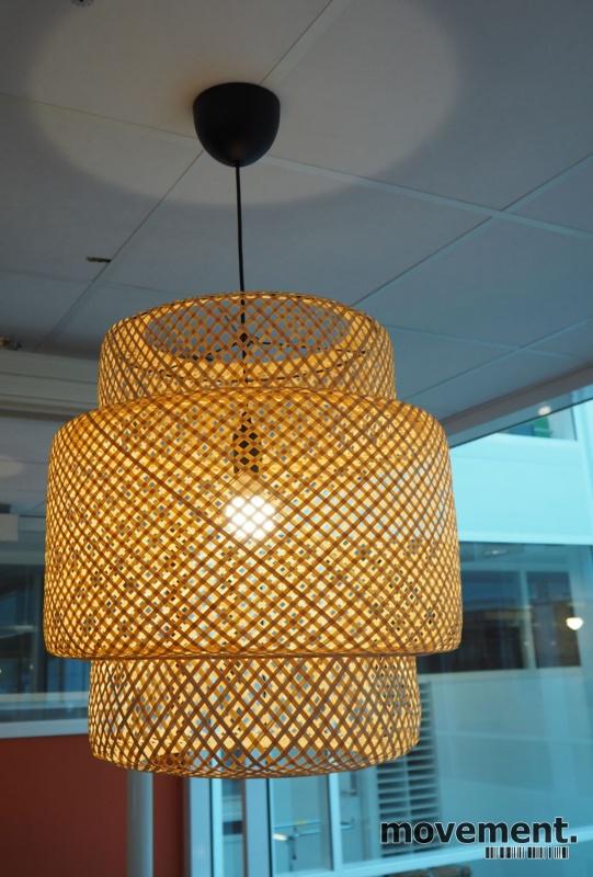 nonopsinnerlig taklampe bambus
