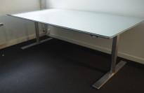 IKEA Galant skrivebord i glass 160x80cm,pent brukte